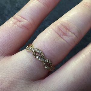 14k yellow gold braided diamond band